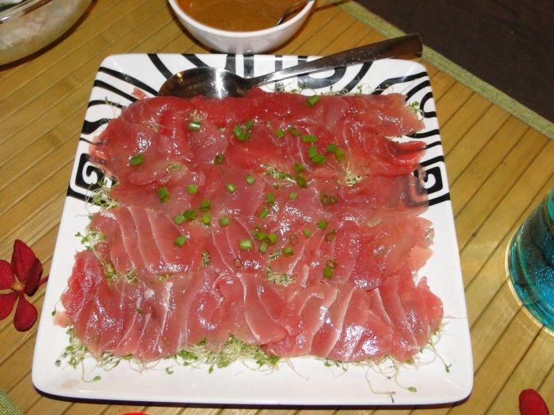 Carpaccio de thon aux algues japonaises